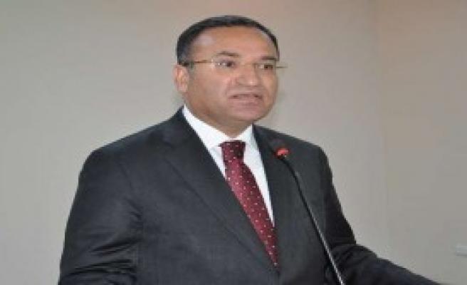 Başbakan Yardımcısı Chp'ye Yüklendi