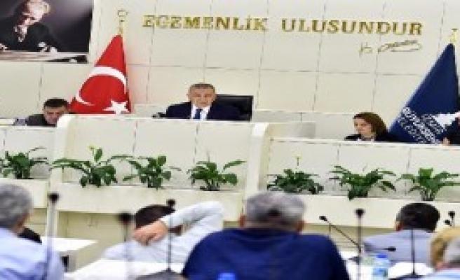 Başkan Kocaoğlu'nun Mavişehir Tepkileri Sürüyor