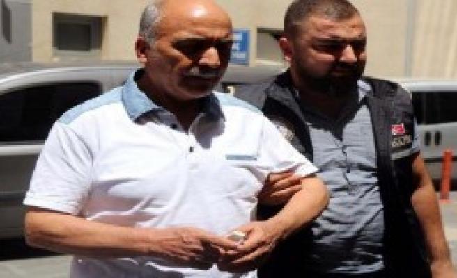 Eski Rektör Uluçam Tutuklandı