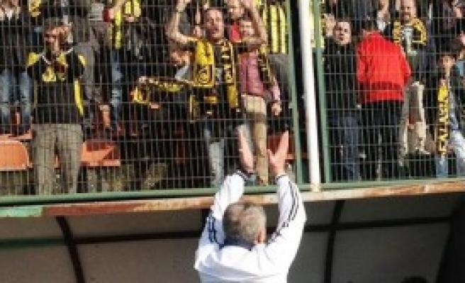 Bayburt'u Fenerbahçe Heyecanı Sardı