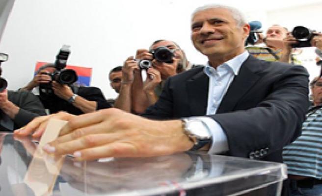 Sırbistan Cumhurbaşkanını Seçiyor