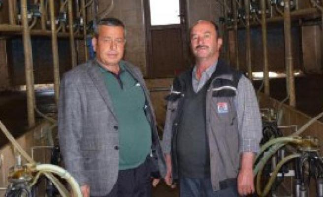 Bakan Çelik'in Kararlı Tutumuna Egeli Süt Üreticilerinden Destek