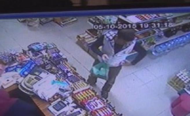 Beş Gün Arayla Marketten Aynı Yöntemle Hırsızlık Yaptılar