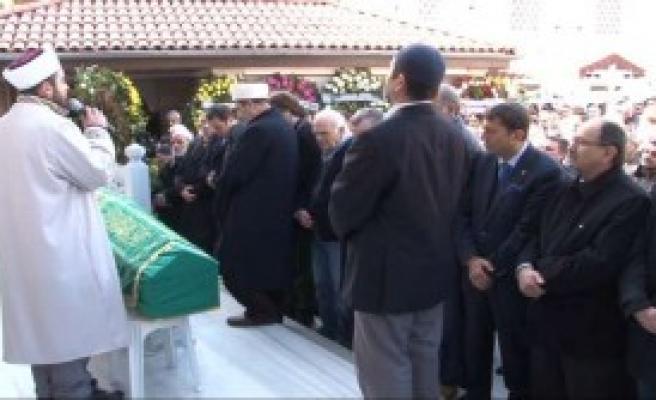 'Cenazede Bir Araya Geldiler'
