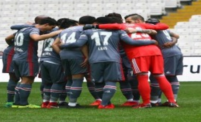 Beşiktaş Özel Maçta Berabere Kaldı