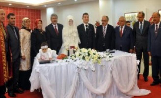 Beşir Atalay Nikah Şahidi
