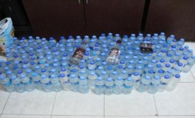 200 Şişe Sahte İçki Ele Geçirildi