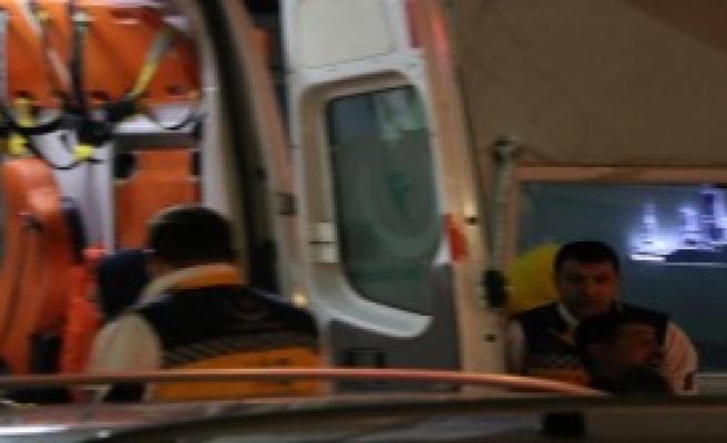 Beyoğlu'nda Silahlı Kavga: 3 Yaralı