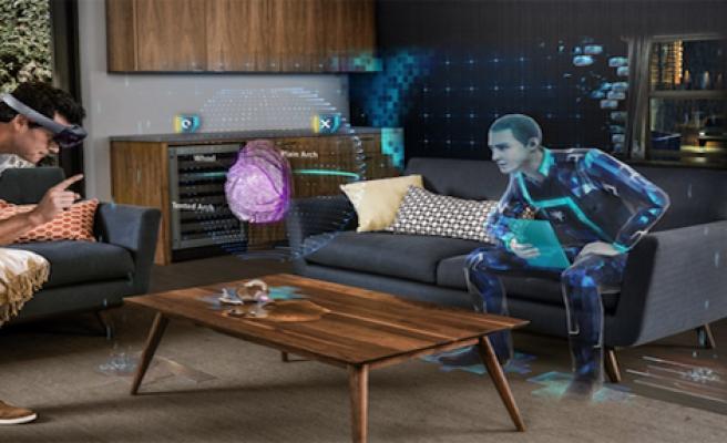 HoloLens Satışa Sunuluyor