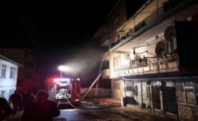 Binada Yangın Paniği