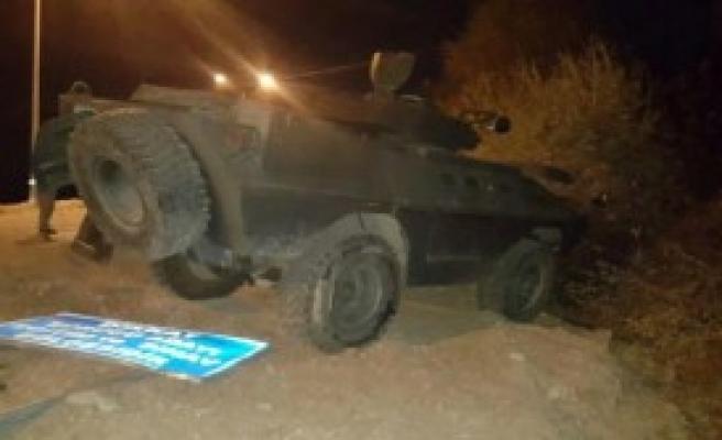 Bingöl'de 2 Polis Yaralandı