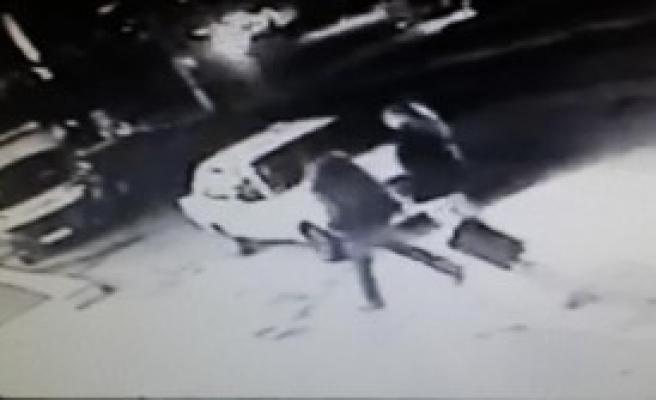 Biri Kadın İki Taksi Gaspçısı Yakalandı