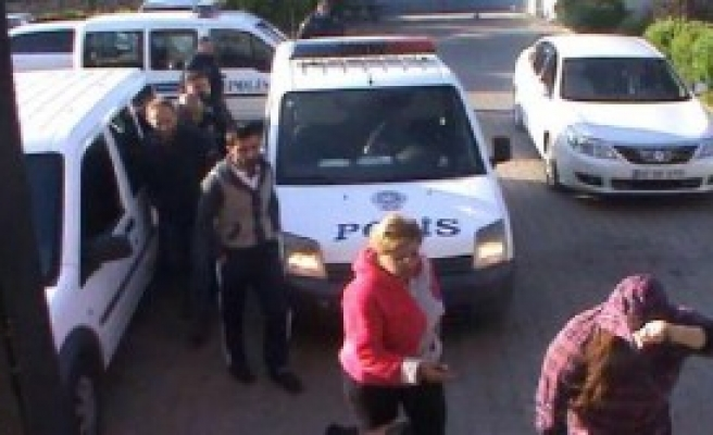 Aydın'da 6 Kadın Fuhuştan Tutuklandı