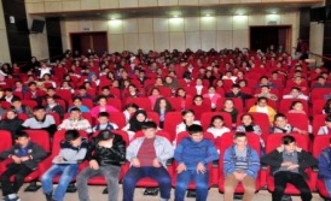 2 Bin Öğrenci Sinemayla Tanışacak
