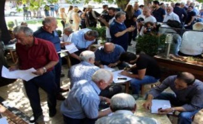 Bolu MHP'de 400 Kişi İstifa Etti