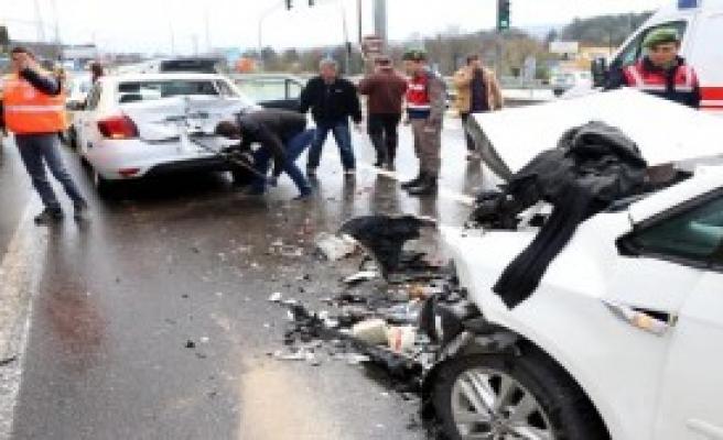 Bolu'da zincirleme kaza: 5 yaralı