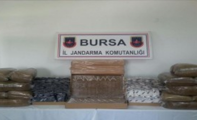 Bursa'da 24 Bin Paket Kaçak Sigara Ele Geçirildi
