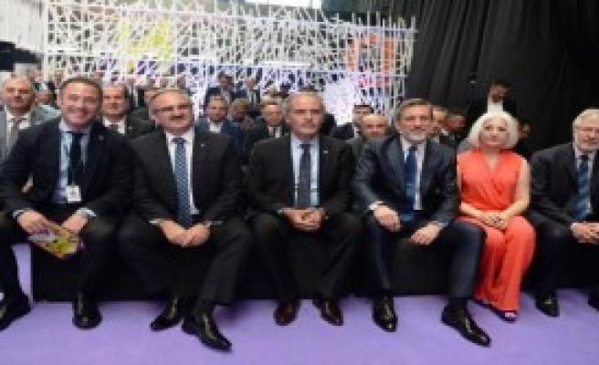 Bursa'da 'Ev ve Stil Fuarı' Açıldı