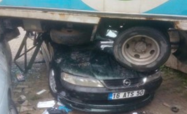 Kazada 3 Öğrenci Yaralandı