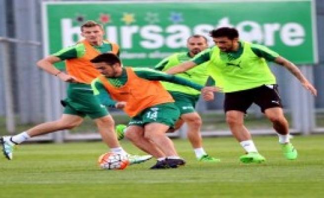 Bursaspor'da Beşiktaş Hazırlığı Sürüyor