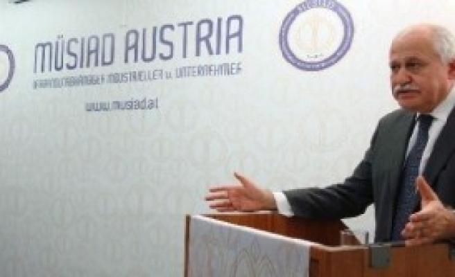 Büyükelçi Göğüş Viyana'ya Geri Döndü
