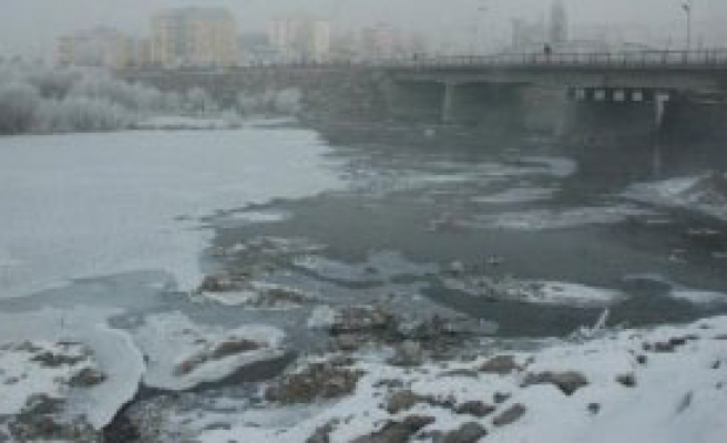Doğu Dondu, Rekor -23.8'le Göle'de