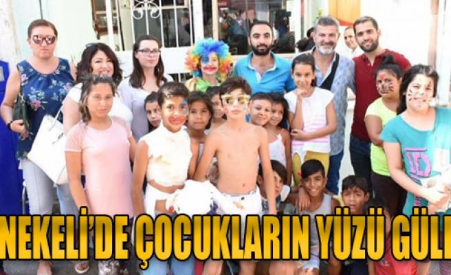 Tenekeli'de Çocukların Yüzü Güldü