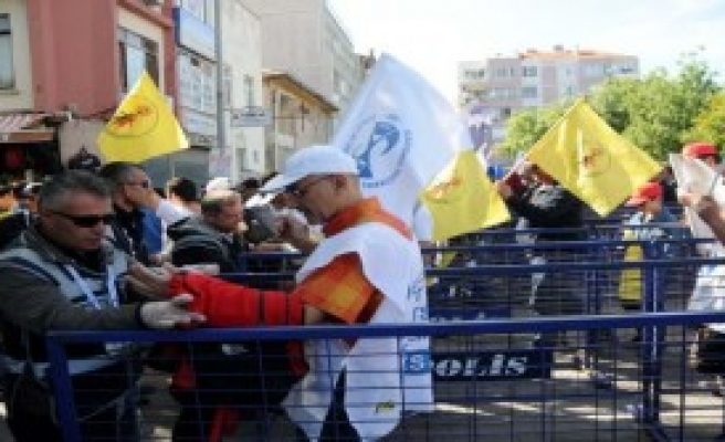 Çanakkale'de 1 Mayıs Coşkusu