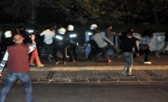 Protestoda Arbede Çıktı