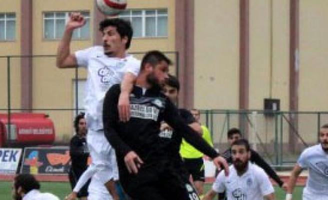 Pazarspor-Nazilli Belediyespor: 1-2