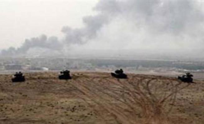 Sınırda Askerlere Ateş Açıldı