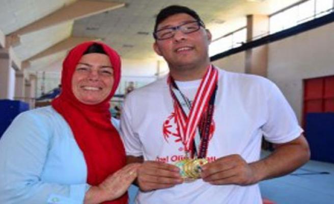 Annenin Sevgisi, Şampiyonluk Getirdi