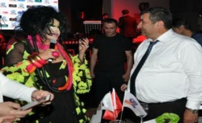 Ustalar İzmir'de Aynı Sahnede