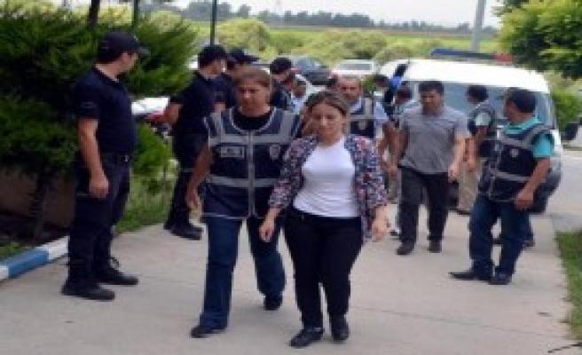 Ceyhan'da 10 Hakim ve Savcı Tutuklandı