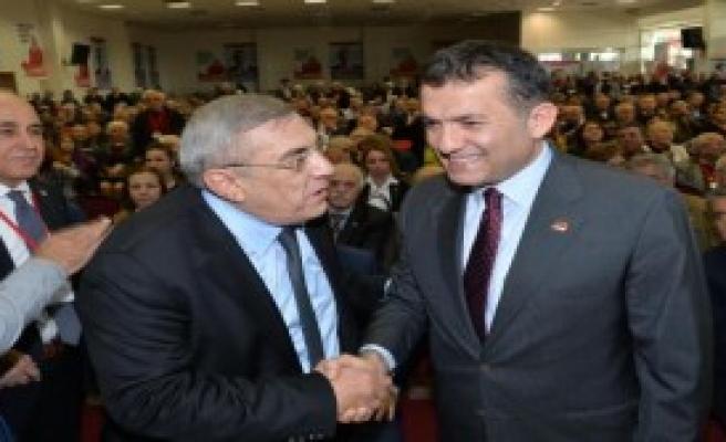 CHP Mersin İl Kongresi'nde Gerginlik