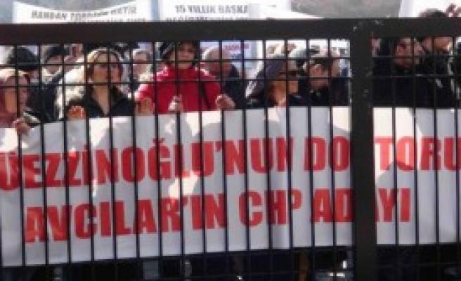 CHP'de Protestolar Sürüyor