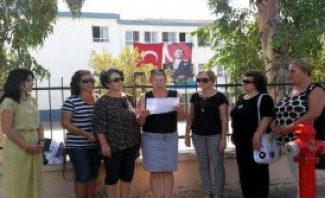 CHP'li Kadınlar Müfredat Protestosu