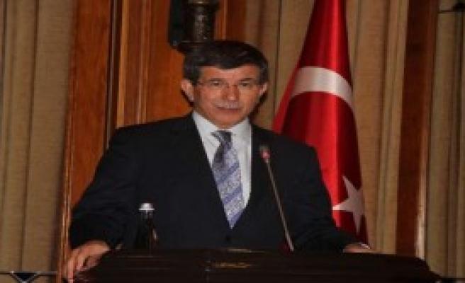 CHP'li Vekil Bakanla Tartıştı