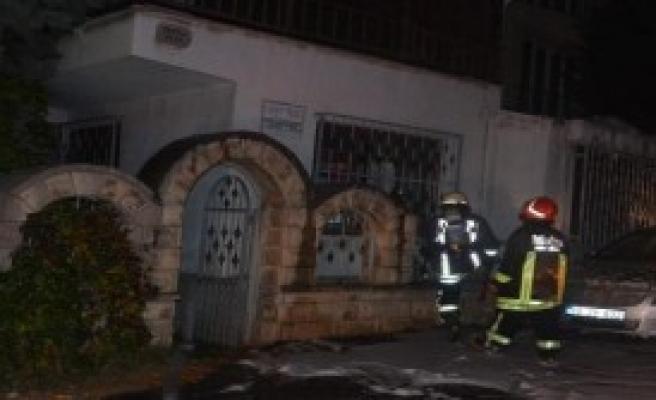 Çorlu'da Kullanılmayan Villa'da Yangın