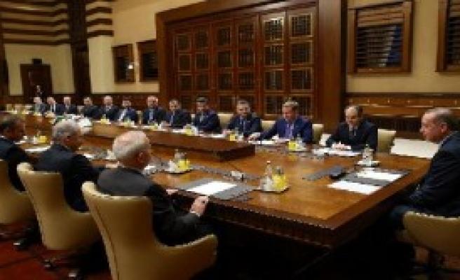 Erdoğan, Başakşehir Kulübü Başkanı Gümüşdağ'ı Kabul Etti