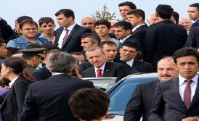 Erdoğan Cuma Namazını Üsküdar'da Kıldı