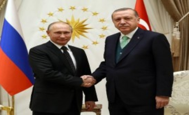 Cumhurbaşkanı Erdoğan Putin'i Kabul Etti