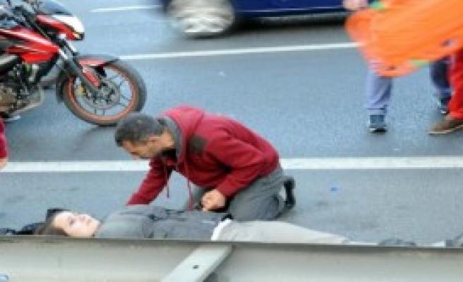 İstanbul'da Kaza: 2 Yaralı