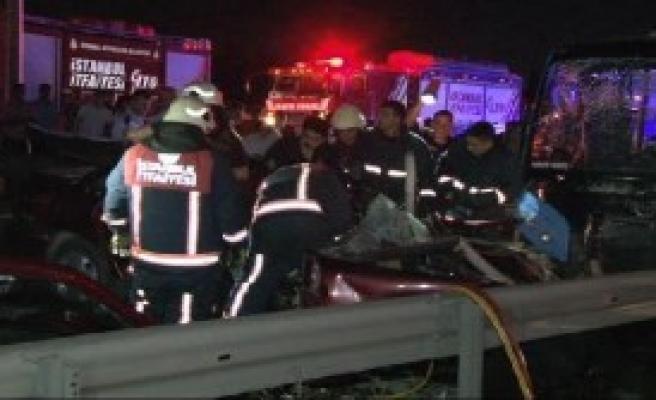 D-100 Karayolu'nda Kaza: 3 Ölü...