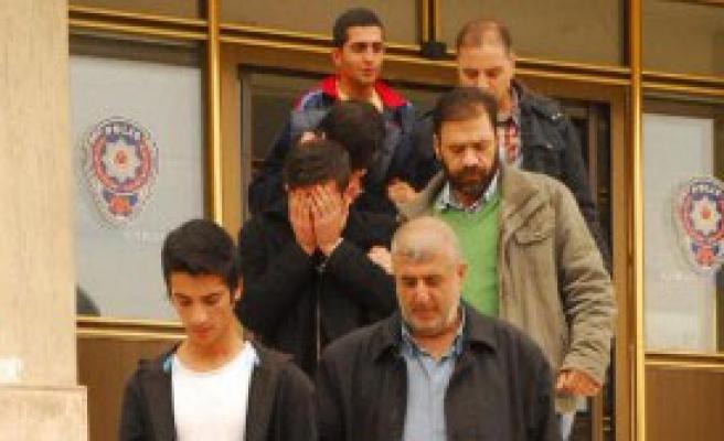 Liseli Cinayetine 3 Tutuklama