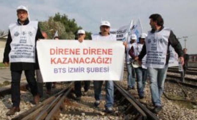 Demiryolcular Ankara Yolunda