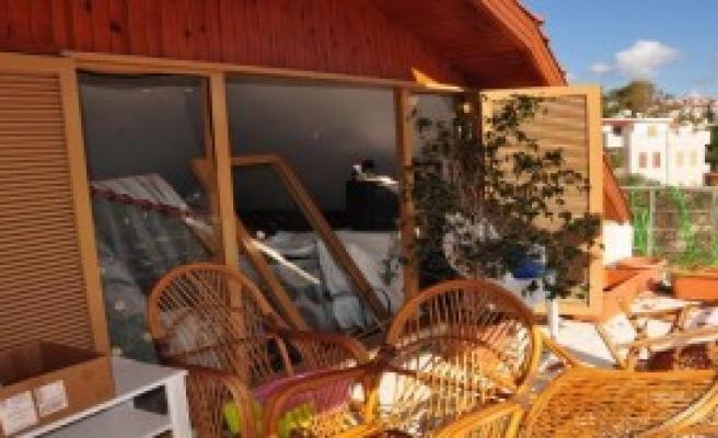 Datça'da Evde Patlama: 3 Yaralı