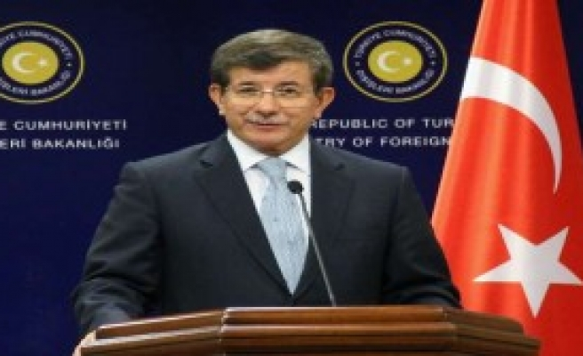 Davutoğlu'ndan Telefon Diplomasisi