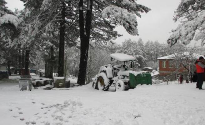 Edremit'e Kar Yağdı