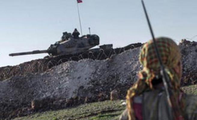 TSK Sınır Hattında YPG İle Çatışıyor
